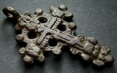 ANCIENT BRONZE CROSS RARE. RELIGIOUS ARTIFACT 17 - 18 CENTURY. 43 mm. (R.068)