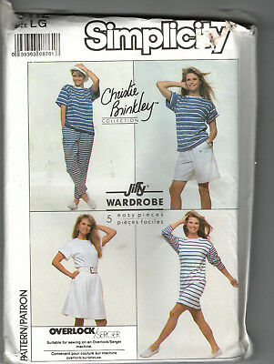 Christie Brinkley Collection Simplicity 9112 Jiffy Wardrobe in Stretch Knits