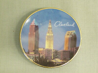 Vintage Souvenir Mini Collector Plate Cleveland OH Skyline limited edition 1993