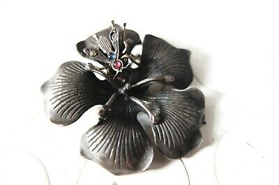 broche ancienne vintage  fleur abeille  old brooch flower and bee
