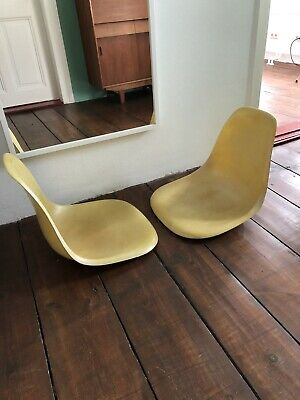 2 Stück Eames Side Chair, Herman Miller, canary yellow, Fiberglas, Dining Chair