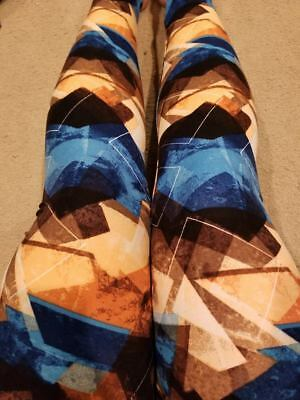 One Size OS Size Creamy Soft Black Blue /& Neutral Pattern Leggings Sizes 0-12