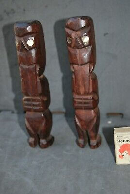 Pair of Maori carved figures - New Zealand - shell inlay eyes - OLD