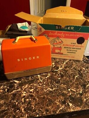 Vintage Singer Sewhandy Sewing Machine Model 50d Works With Original Box