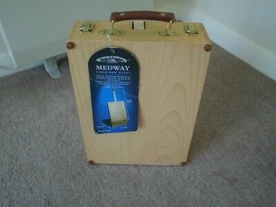 Winsor & Newton Table Top Easel { Medway }
