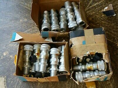 CROUSE-HINDS ALSJ-425 CONNECTORs  NEW Damaged boxes Lot