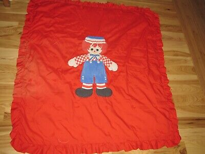Red Raggedy Andy Baby Nursery Quilt Comforter Blanket Ruffle Play Mat Fade spot