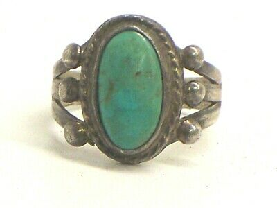 Vintage Native American Sterling Silver And Turquoise Ring Size 5.75