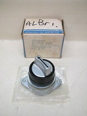 New GE CR2940US200E 3-Position Black Spring Return Oiltight Selector Switch