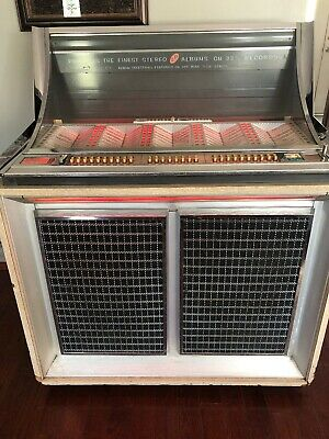 1963 Seeburg LPC-1 Jukebox, looks good and PLAYS GREAT!  Loaded with 45's-PICKUP