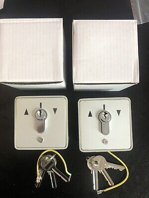 2 Roller Shutter Key Switch With Three Keys Each