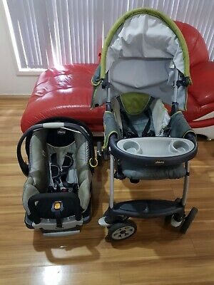 Chicco pram with capsule