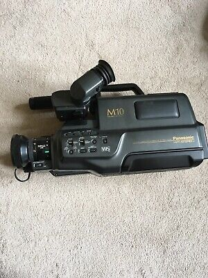 Panasonic M10 Camera Corder VHS With Case, charger, leads and 2 x vhs tapes