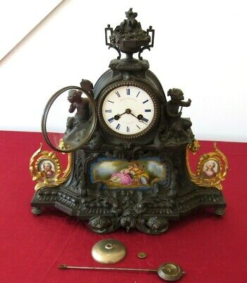 Top Quality Bronze & Ormolu French Bell Striking Mantle Clock