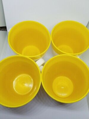 RAFFIAWARE 4 VINTAGE MID CENTURY MUGS by THERMO-TEMP  YELLOW GENTLY USED
