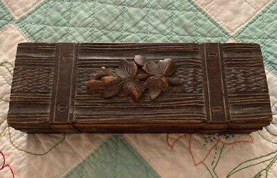 Vintage Antique Tramp Art Box Small Leave Carving Unusual Wood