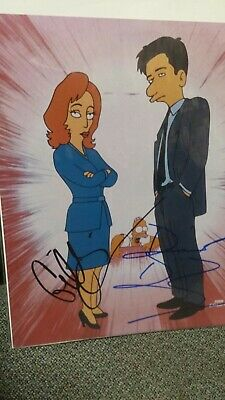 The Simpsons David Duchovny Gillian Anderson hand signed 8 x 10 X-Files paper is