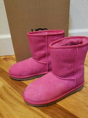 NIB Ugg Australia Pink Boots Sparkle Girls Size 4 Youth Short Classic Serein