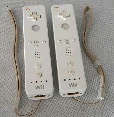 Lot of 2 Nintendo Wii Remotes 2x OEM White Wiimote Tested