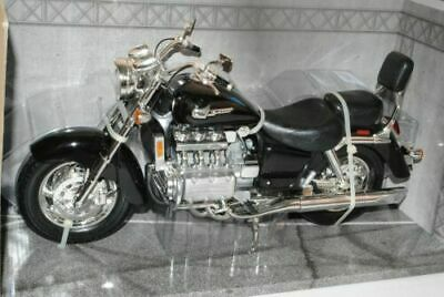 Honda Valkyrie Black 1//6 Motormax Model Motorcycle with or without Individiuell
