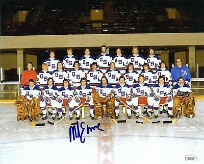 Mike Eruzione signed 1980 Team USA MIRACLE ON ICE 8x10 Photo- JSA #EE62128
