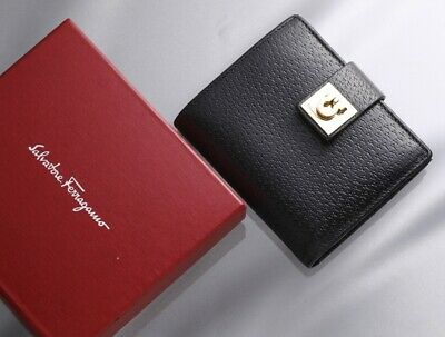 H7040M Authentic Salvatore Ferragamo Gancini Genuine Leather Bifold Wallet
