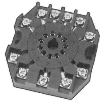 Custom Connector RB11-PC Relay Socket, 11 Pin Octal, 600V