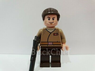 Resistance Officer *NEW* from set 75184 Lego Star Wars