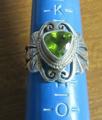 Old Ladies Silver Ring with Green Stone