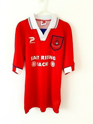 Doncaster Rovers Home Shirt 1996. Small Adults. Red Short Sleeves Football Top S