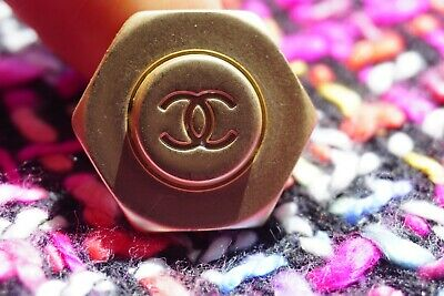Chanel button  1 pieces metal made in ITALY Logo CC size 24 mm 1 inch