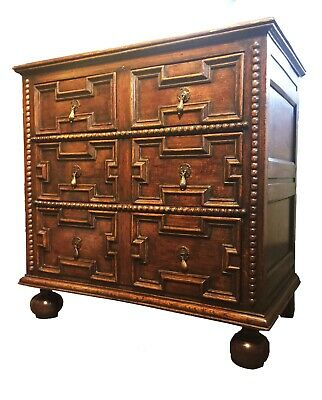William and Mary Oak and Elm Chest of Drawers c1690
