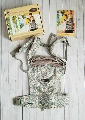 New with box Ergo Baby Carrier in Petunia Pickle Peaceful Portofino.