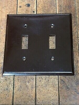 2 Vintage Brown Plastic Double Light Switch Plate Covers Toggle Snap It NOS