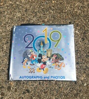 NEW WDW Disney Parks Mickey & Friends 2019 Autograph Photo Book With Pen Wrapped