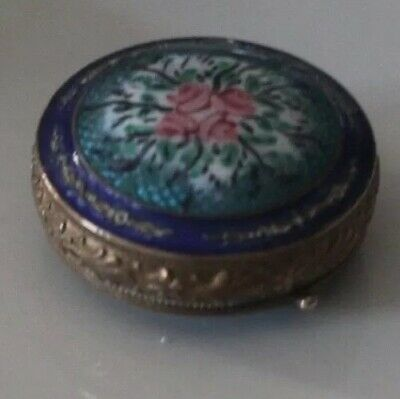 Vintage Compact Beautiful Highly Detailed Guilloche Enamel Double Sided Gorgeous