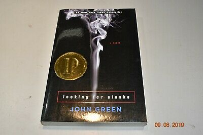 Looking for Alaska by John Green Paperback