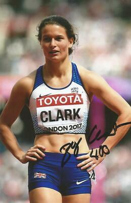 ATHLETICS* ZOEY CLARK SIGNED 6x4 LONDON 2017 ACTION PHOTO+COA *TEAM GB*