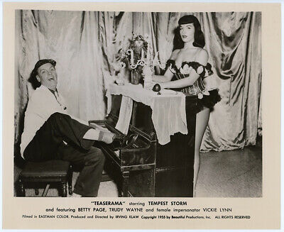Pin-Up Bettie Page Vintage 1955 Teaserama Burlesque Production Still Photograph