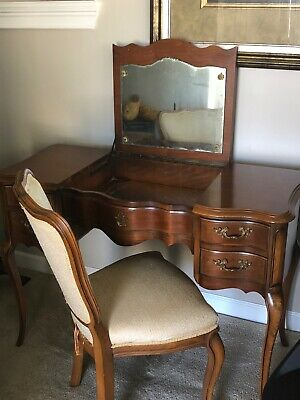 Vanity / Writing Desk