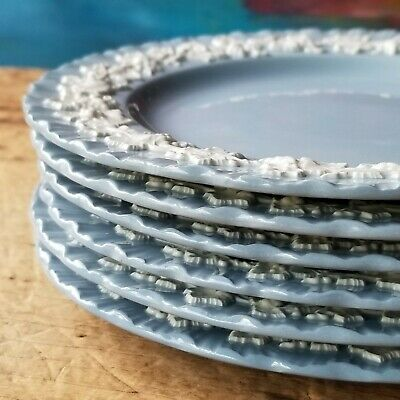 WEDGWOOD EMBOSSED QUEENSWARE Salad Plates CREAM ON LAVENDER BLUE Shell Edge EXC