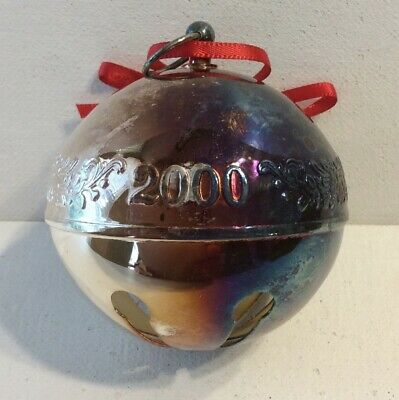 2000 WALLACE Annual Silver Plate Bell Christmas Ornament