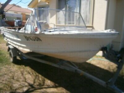 Quintrex Fishabout Boat, Yamaha 40 Hp Outboard