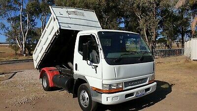 Mitsubishi 2004 Canter tipper truck. FEB 2020 REGO!