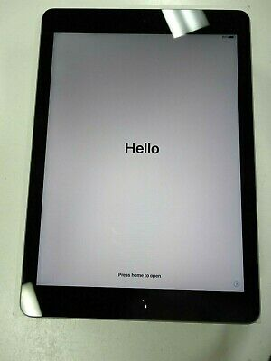 """Apple iPad 9.7"""" 6th Gen 128GB WiFi UNLOCKED BOX AND CHARGER EXCELLENT CONDITION"""
