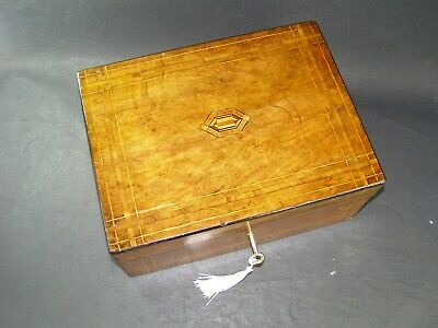 Antique Walnut Banded Box Tunbridge Center Working Lock & Key 1870 Boxwood Inlay