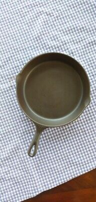 Volrath #9 Flat Bottom Cast Iron Skillet With Heat Ring
