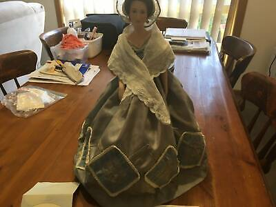 Franklin Mint Melanie in Gone with The Wind Porcelain Doll 19inch