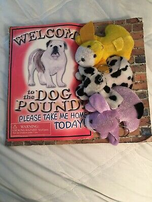 """Welcome To The Dog Pound capsule vending machine display card 8 X 9"""""""