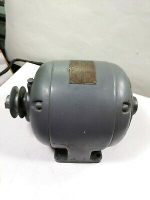 "Antique ""The Master Co."" Electric Motor Heavy Cast Iron 1/6 HP Dayton OH.WORKING"